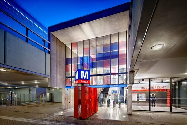 restauratie van de metrostations Amsterdam