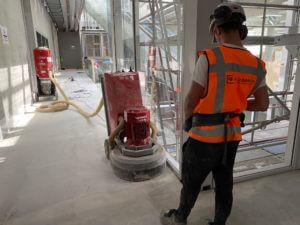 lijmresten schuren beton